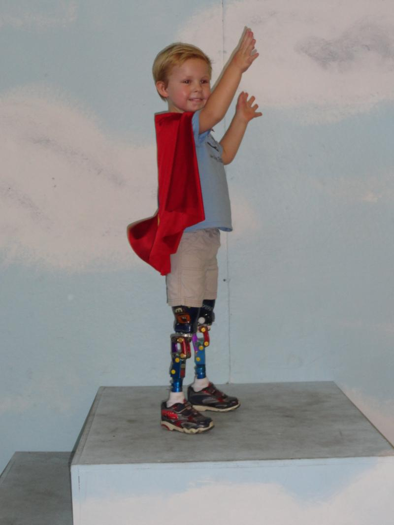 JJ in his bendy knees at the LA Fair 4yrs 2 mos.